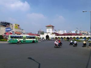 The square near the Ben Tanh Market
